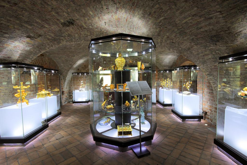 Muzeum Bursztynu Atrakcje Gdańsk AgaTomDom Noclegi Tanio